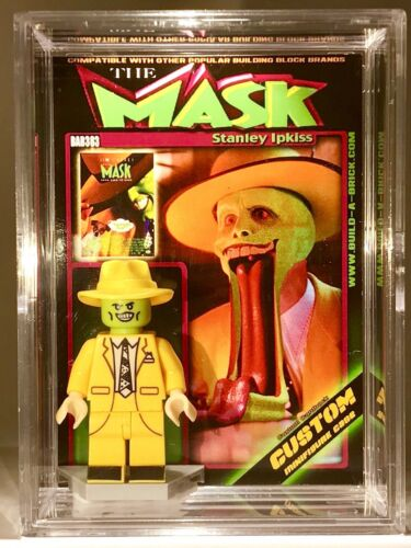 Jim Carey The Mask Mini Action Figure w Display Case /& Stand 383 Mini-fig