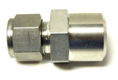 SWAGELOK SS-810-1-12W; Male Connector, 1/2 Tube OD x 3/4 Male Pipe Weld 316S/S