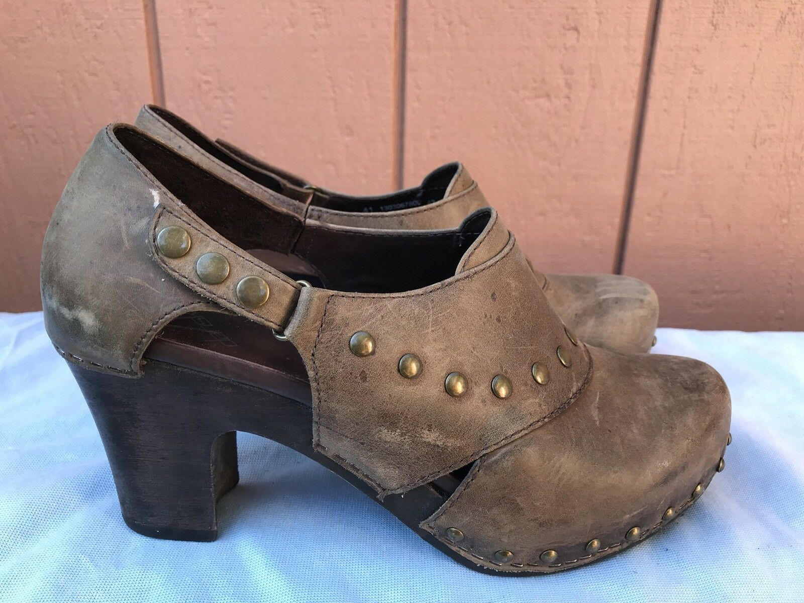 Dansko Femme Filles Chaussures Eur 41 US 10.5 - 11 Marron Huilé Cuir Pompe stappled A3