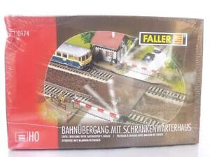 SHRINK-WRAPPED-FALLER-120174-HO-KIT-ELECTRIC-OPERATED-LEVEL-CROSSING-amp-HOUSE