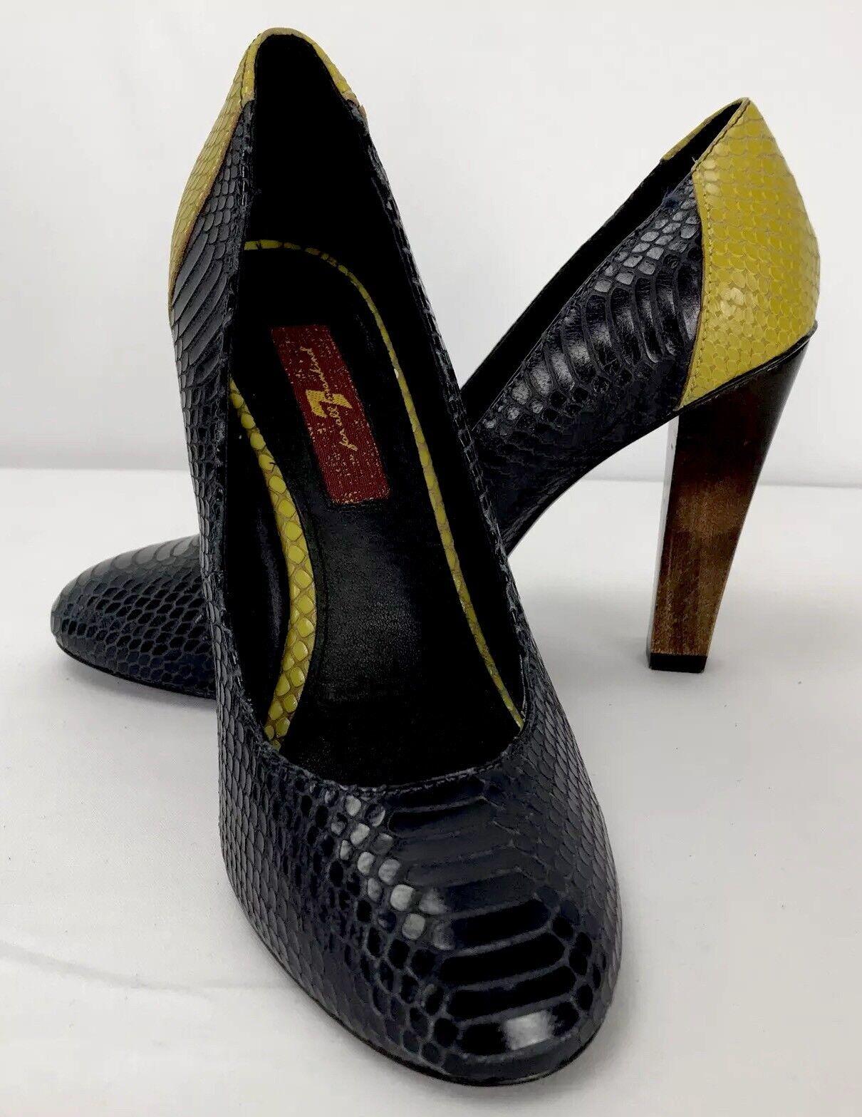 7 For All Mankind Veta Round Toe Pumps Snake Skin Yellow Black Wooden Heel Sz 6M
