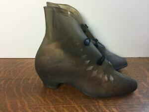 vintage 1940s womens rubber rain boots over shoes galoshes