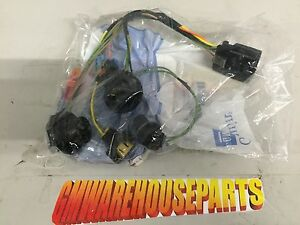 s l300 2007 2013 gmc sierra headlight wiring harness new gm 15841610 ebay 1990 gmc sierra wiring harness at fashall.co