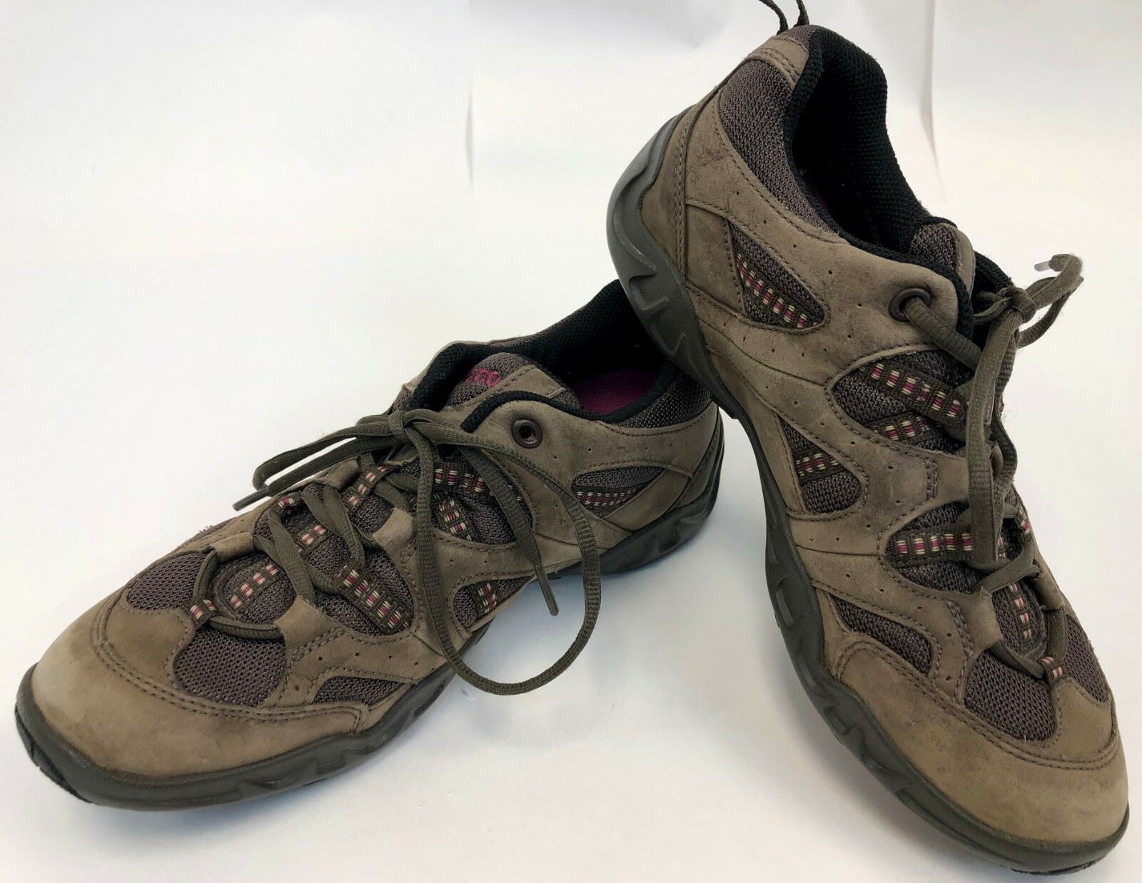 Ecco Womens Receptor Gortex Brown Suede Low Top Hiking Running shoes 7 - 7.5 38L