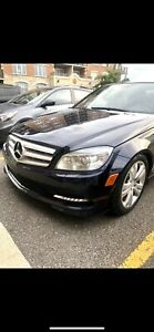2011 C300 MERCEDES BENZ 4MATIC *NEGOTIABLE* FOR SALE