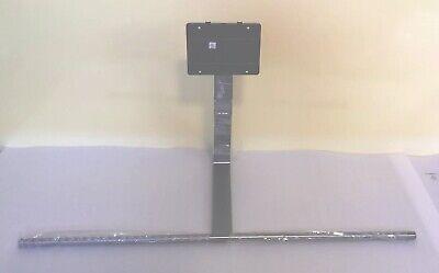 Samsung QN65Q8CAMFXZA Stand W//Screws Used