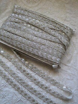 STUNNING VINTAGE HEAVY GLASS,  SILVER BEADED COSTUME, FORMAL TRIM  16 YARDS