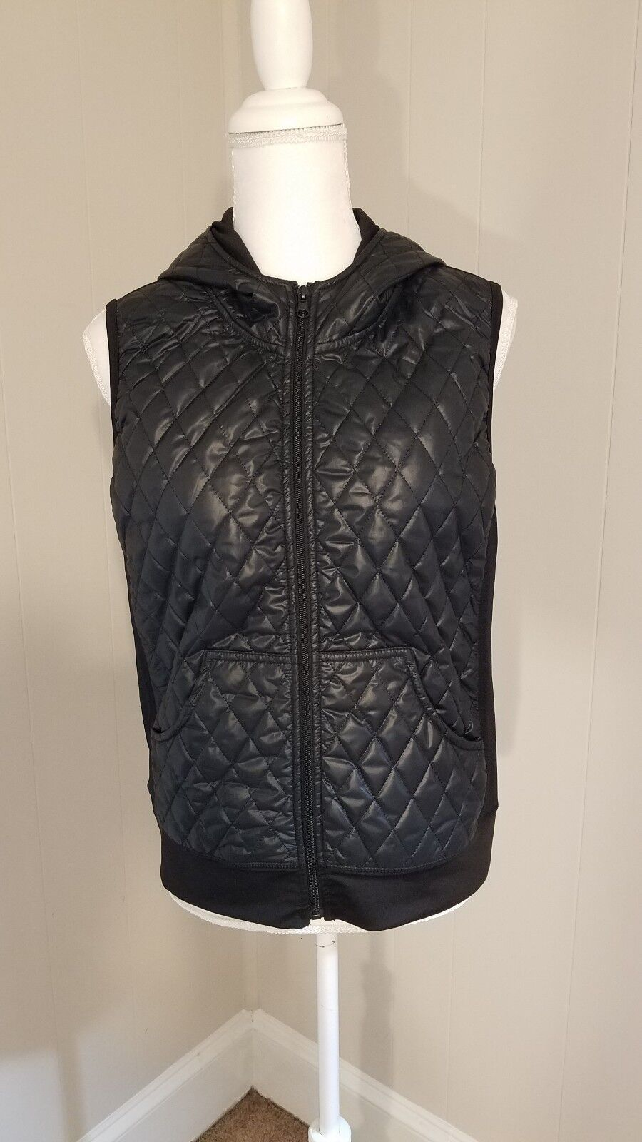 bluee Saks Fifth Avenue  Puffer Vest with Hoodie