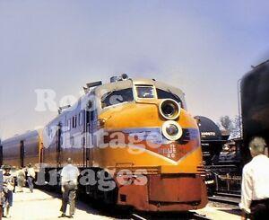 Milwaukee-Road-Hiawatha-DL-109-photo-CMSP-Alco-Locomotive-14A-Railroad-Train