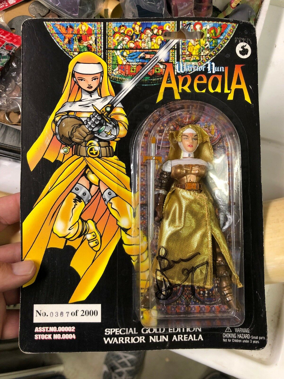 1997 WARRIOR NUN AREALA FIGURE Signed By Ben Dunn Limited gold Edition 367 2000