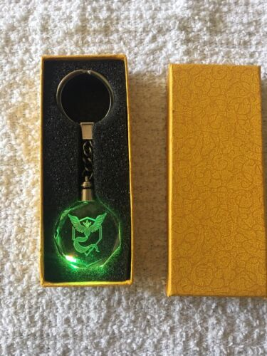Pokemon Go crystal LED  team logo Keychain Team Mystic With Gift Box