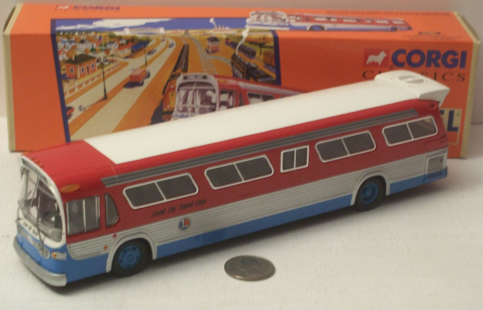 Corgi Fishbowl Lionel City Transit Corp. Bus GM5301  54404 New in Box 1 50 scale