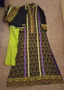 Pakistani-designer-stitched-salwar-kameez