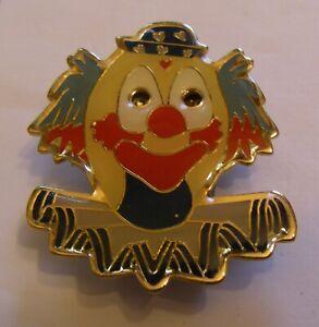 CIRCUS-CLOWN-lighting-vintage-pin-badge-Z4X