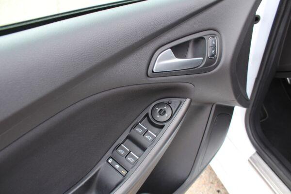 Ford Focus 1,5 TDCi 120 ST-Line stc. aut. billede 9
