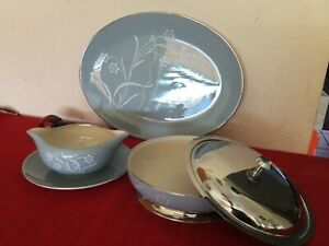Flintridge-Reverie-Blue-Damask-Leaf-Strata-Serving-Set-Platter-Gravyboat-Bowl