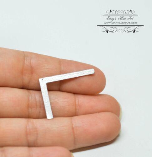 1:12 Dollhouse Miniature Square LG//Miniature Tool IM 0112