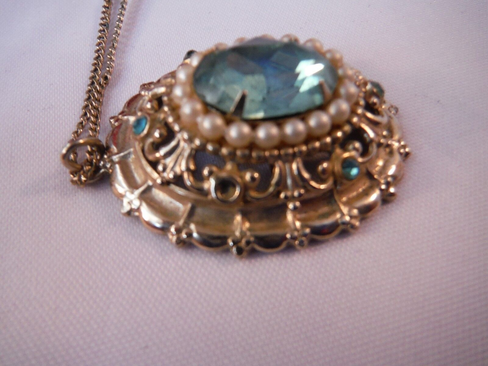 Vintage Signed Coro Pearl and rhinestone Necklace… - image 3