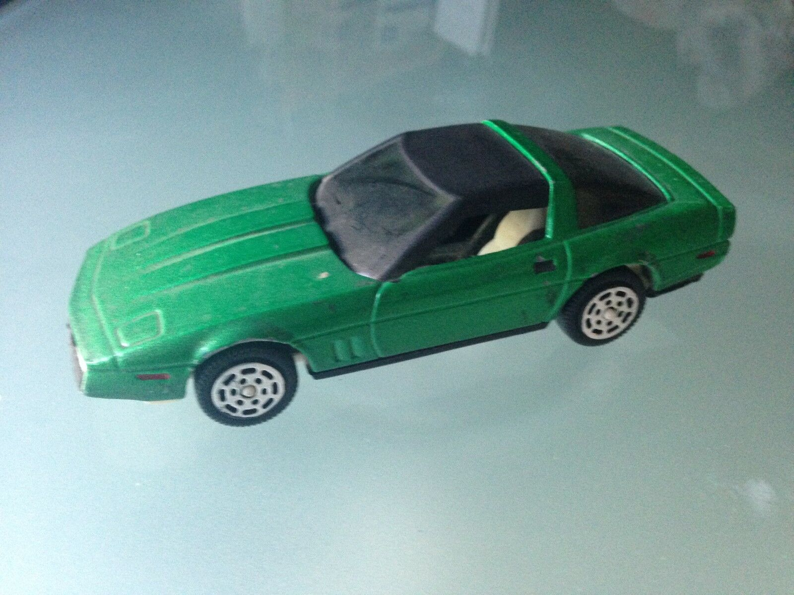 RARE 1 43 SUPER HOT WHEELS MATTEL CHEVROLET CORVETTE
