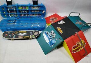 Tech-Deck-Boards-Lot-w-case-amp-Ramp-Park-Skate-Fingerboard-Flip