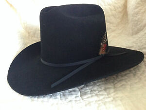 Eddy-Bros-Ladies-long-oval-fur-blend-black-Western-7-1-8-hat-red-feather