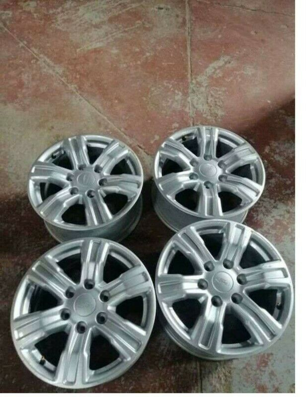 17 inches mags for ford ranger for sale still like new