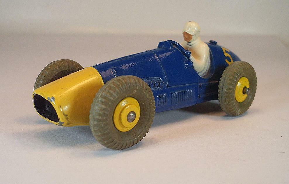 DINKY TOYS nº 234 ferrari racing car bleu Nº 5 1  6685