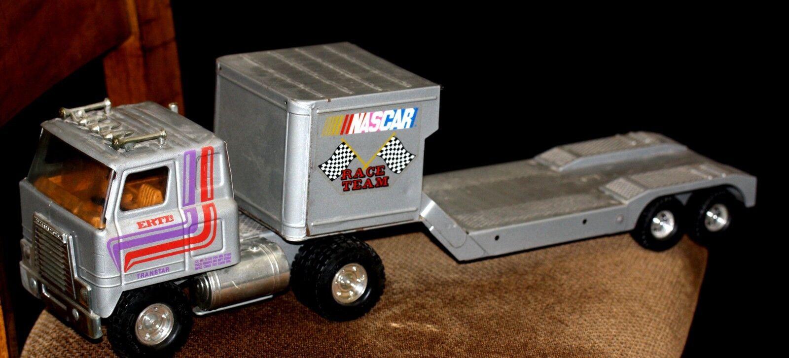 ERTL INTERNATIONAL TRANSTAR NASCAR Race Team semi Hauler 2 PC Set  3413-7851