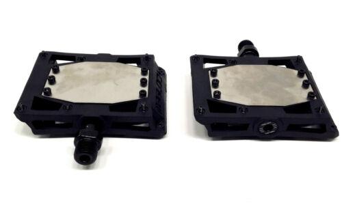 Black MagLOCK Stealth Magnetic Pedals