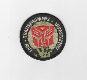 Infestation-Transformers-Autobots-Patch-2011-IDW-Zombies-2-5-034
