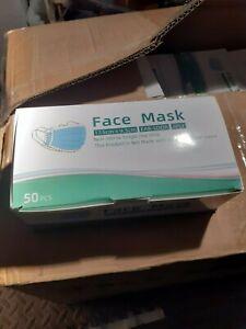 3 boites 50 masques type chirugicaux norme CE validité 2 ans date de fab 2020