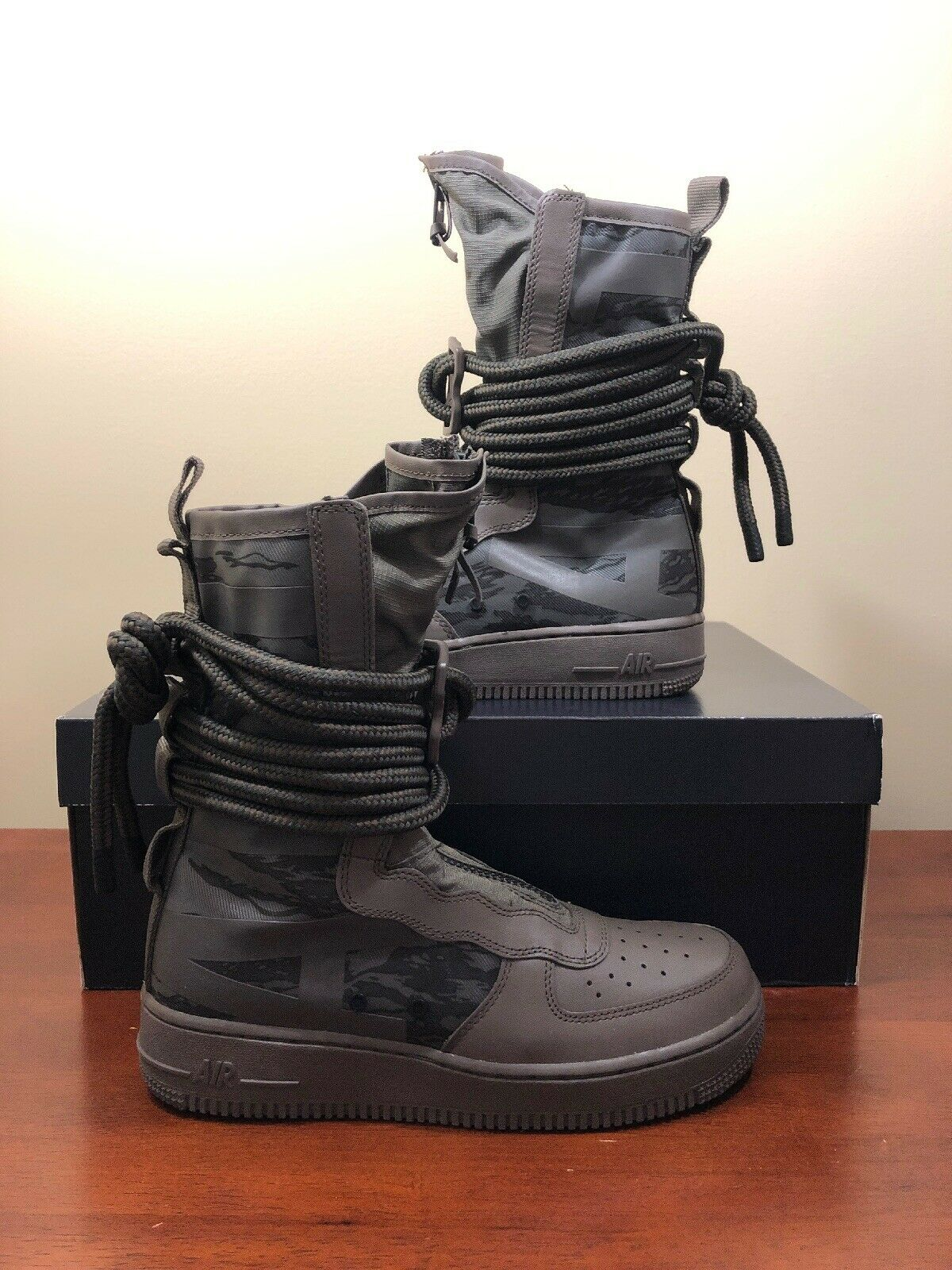 NIKE SF AF-1 HIGH AIR FORCE 1 BOOT Size 12 AF1 RIDGEROCK SEQUOIA AA1128 203