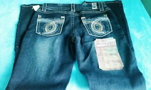 WallFlower Womens Juniors Legendary Belted Slim Bootcut Jeans