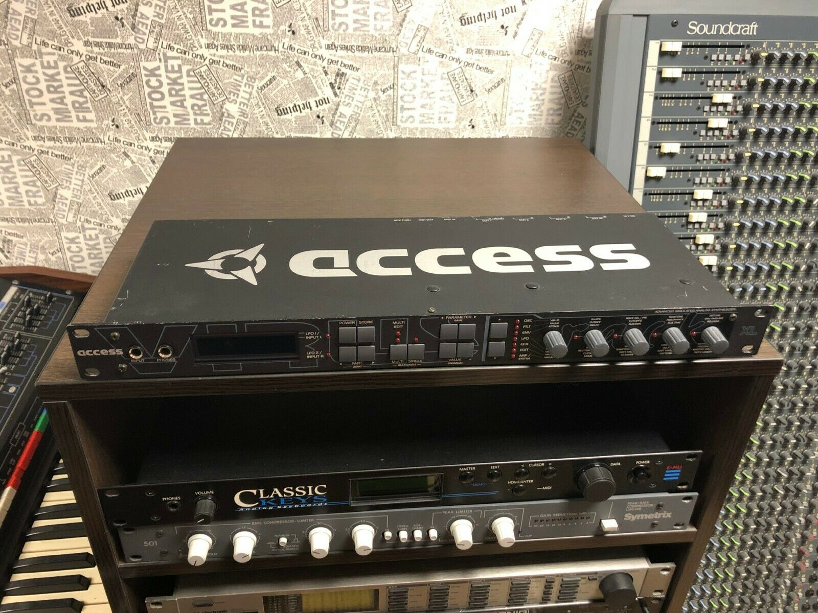 Access Virus XL Virus C rare rack synth