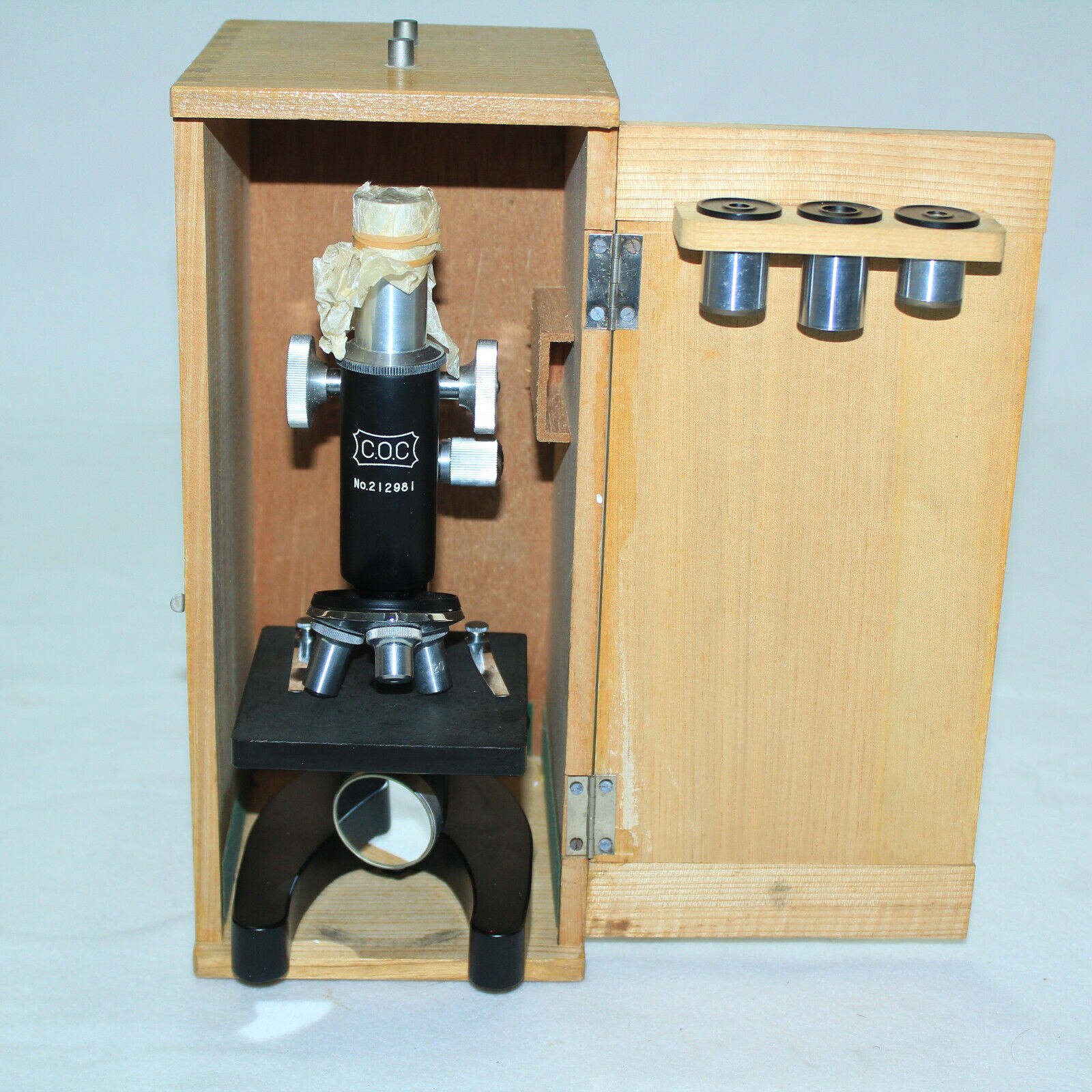 GORGEOUS Vintage Microscope COC in Box 100x200x300x Cast Iron USA Box joint box