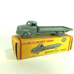 DUBLO-Dinky-Toys-Bedford-Flat-Truck-Lorry-066-MINT-condition-boxed-England