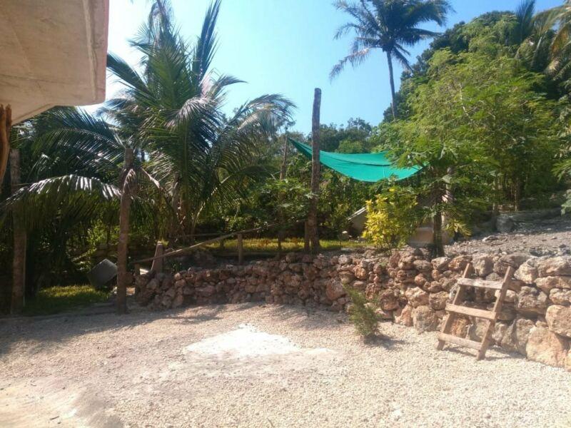 Terreno en venta con cabaña en bacalar Quintana Roo