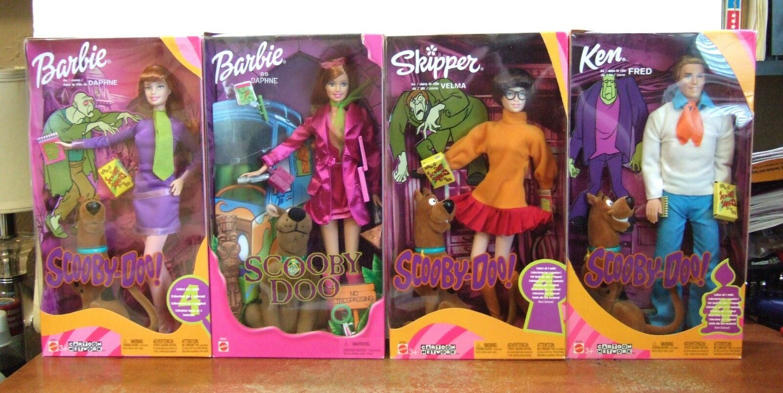 Scooby Doo Daphne Velma Fred Ken Muñeca Barbies ( Lot Of 4) NRFB Z135
