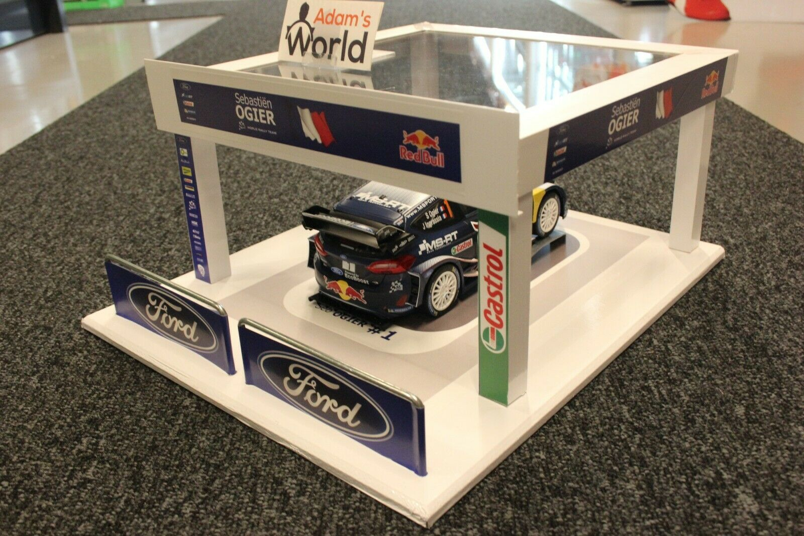 QSP Diorama 1 18 M-Sport Ford World Rally Team Service Tent 2018 + Fiesta WRC