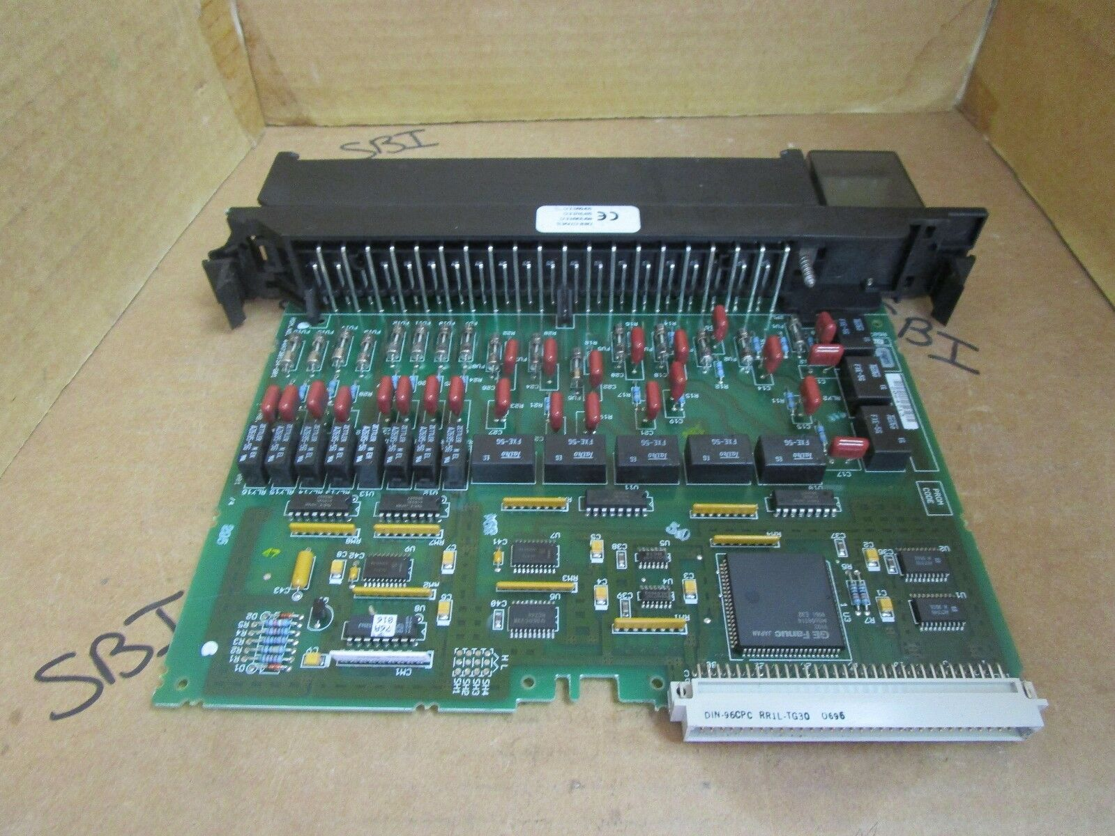 GE Fanuc Output Module IC697MDL940 Used
