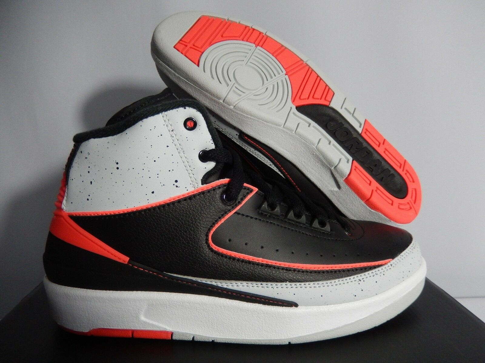 NIKE AIR JORDAN 2 RETRO RETRO RETRO BG BLACK-INFRARED-WHITE SZ 6Y-WOMENS SZ 7.5 [395718-023] a487e7