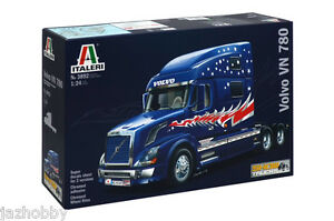 Italeri-3892-1-24-Scale-Show-Trucks-Model-Kit-Volvo-VN-780-US-Tractor-Truck