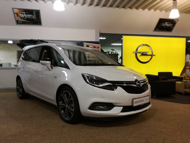 Opel Zafira Tourer 1,6 CDTi 134 Innovation 5d - 363.990 kr.