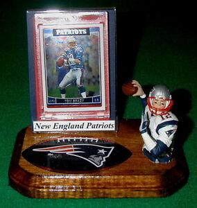 New-England-Patriots-Tom-Brady-NFL-Action-Figure-Sports-Card-Display-Logo-Gift