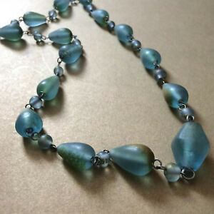 Vintage-frosted-Sea-glass-necklace