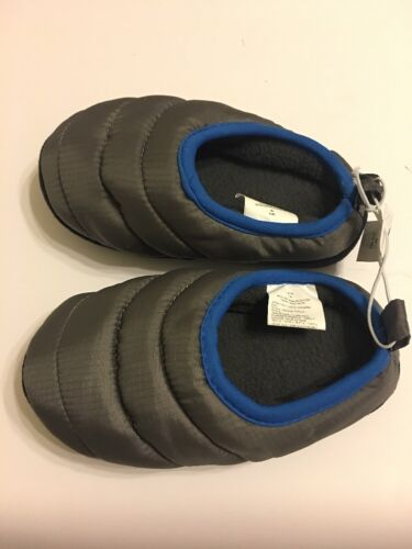 Old Navy Slippers Boys Shoes Size Medium 12-13 Gray