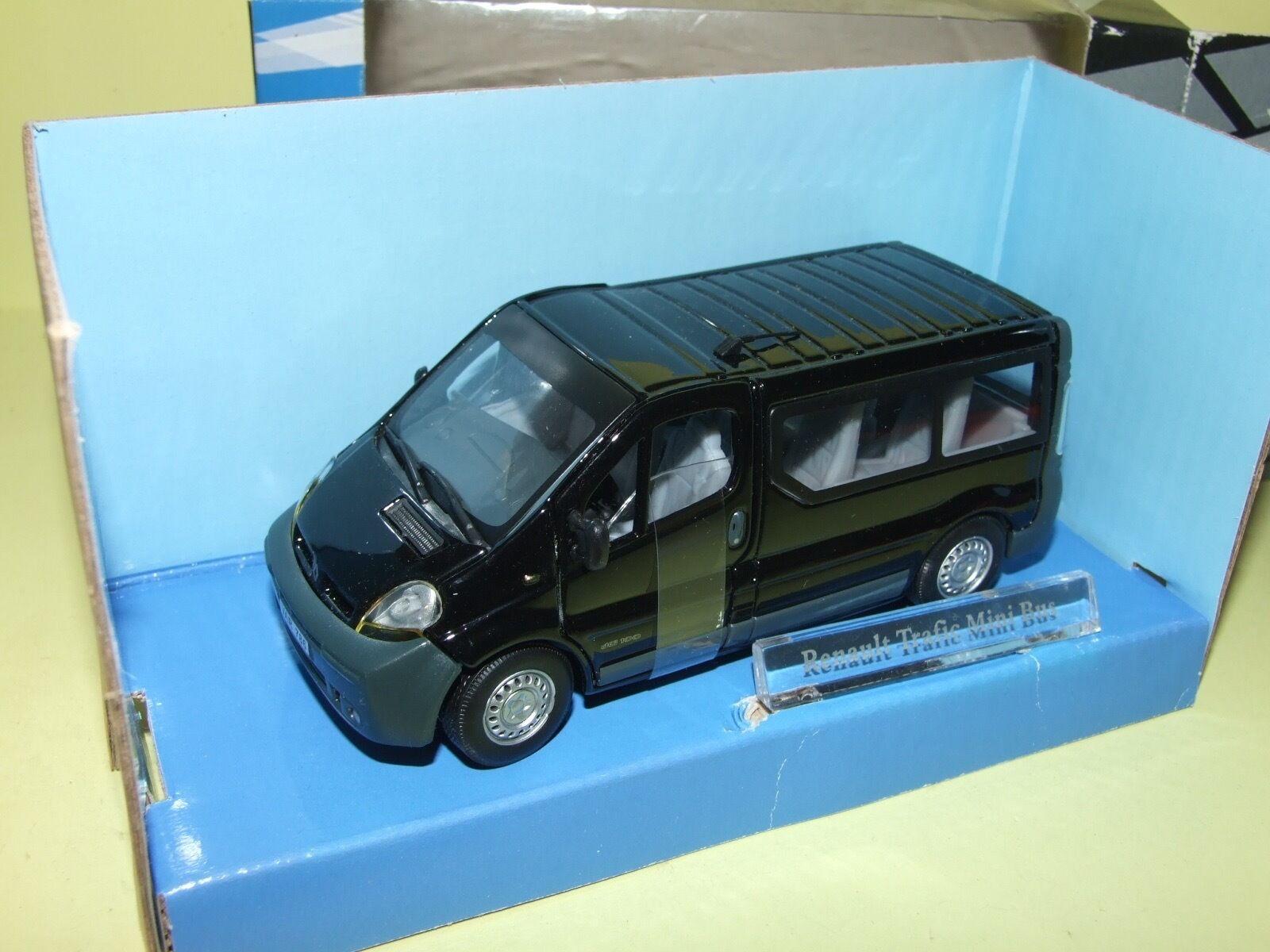 RENAULT TRAFIC MINI BUS Noir CARARAMA Boite carton 1 43