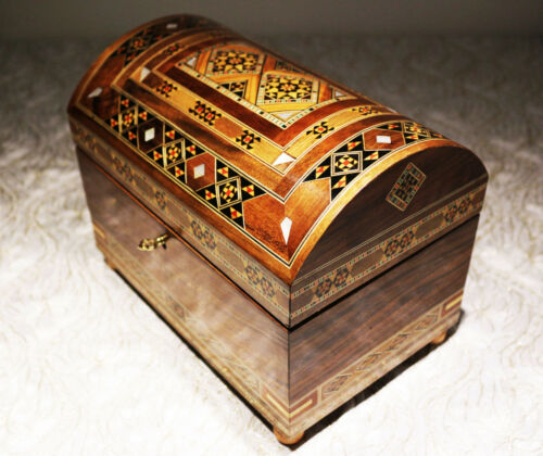 handmade with mother-of-pearl,Damaskunst K 3-4-41 Wooden Chest Jewellery Box