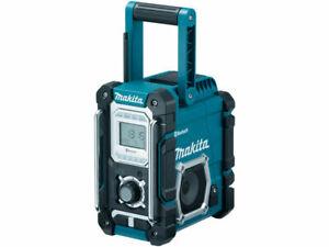 Makita DMR106 Blue 18V AM//FM Bluetooth Jobsite Radio With USB Charging Port