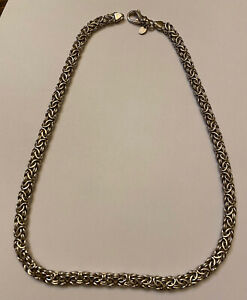 stunning .925 Italy silver necklace